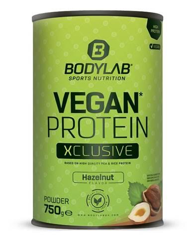 Bodylab24 Vegan Protein XCLUSIVE Line 750 g lieskový orech